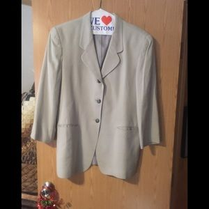 Women's size 16 lightweight lined suit